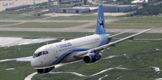 SSJ100 di Interjet in decollo da Venezia