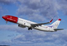 Norwegian Air Shuttle 737-800