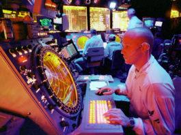 Controllo del traffico aereo sulla portaerei USS Enterprise (1998)