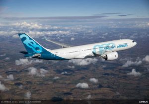A330-800-first-flight-air-to-air-2-